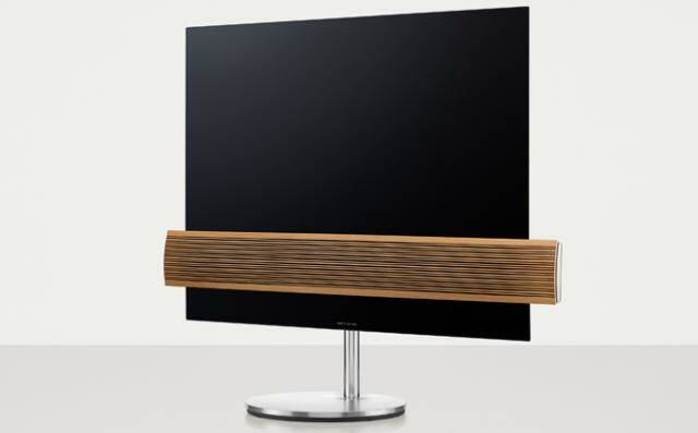 Bang & Olufsen BeoVision Eclipse Wood